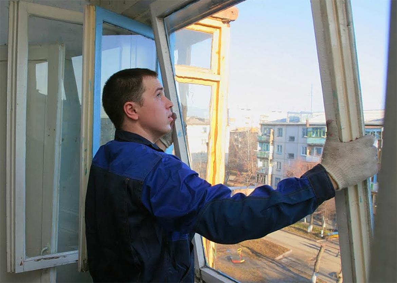Номинант Премии WinAwards Russia 2017 – «Тульский завод светопрозрачных конструкций» рекомендует, как выбрать хорошего монтажника окон
